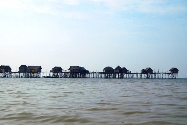 Bagan-bagan milik nelayan